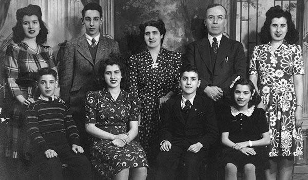 Davis Enterprises family